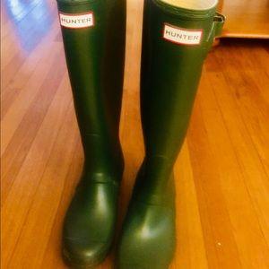 Hunter Boots - green - worn twice